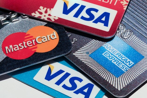 A Comprehensive Guide to Credit Card – How to Apply, Who Can Apply and More